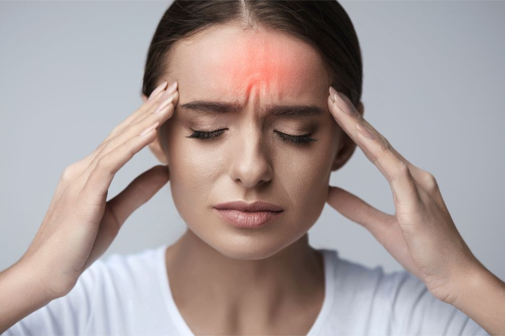 How to Use Essential Oils to Ward Off Migraines