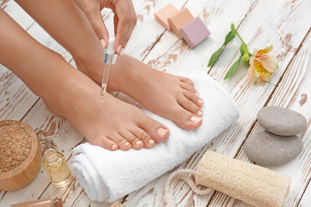 Why You Should Apply Essential Oils on The Bottom of Your Feet