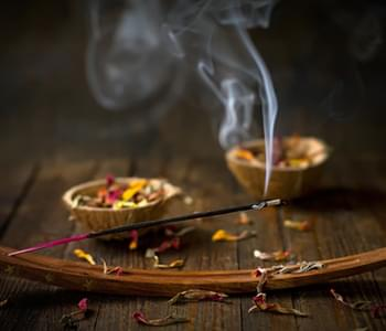 6 Incense Scents To Help You De-Stress & Relax